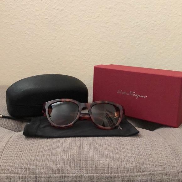 Salvatore Ferragamo Accessories - Salvatore Ferragamo Sunglasses SF817S